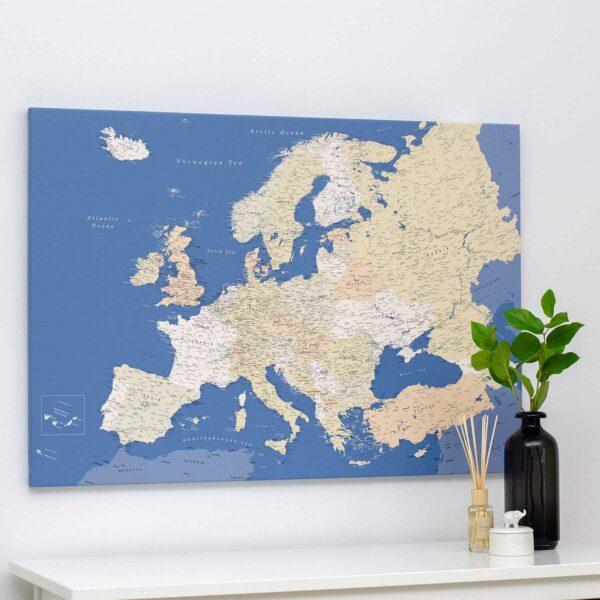 carte de l europe avec epingles bleu detaille