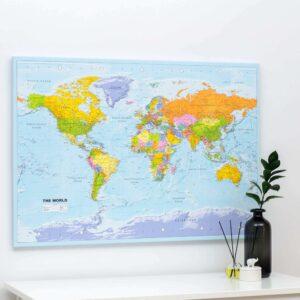 Carte du monde a epingles Politique Détaillé