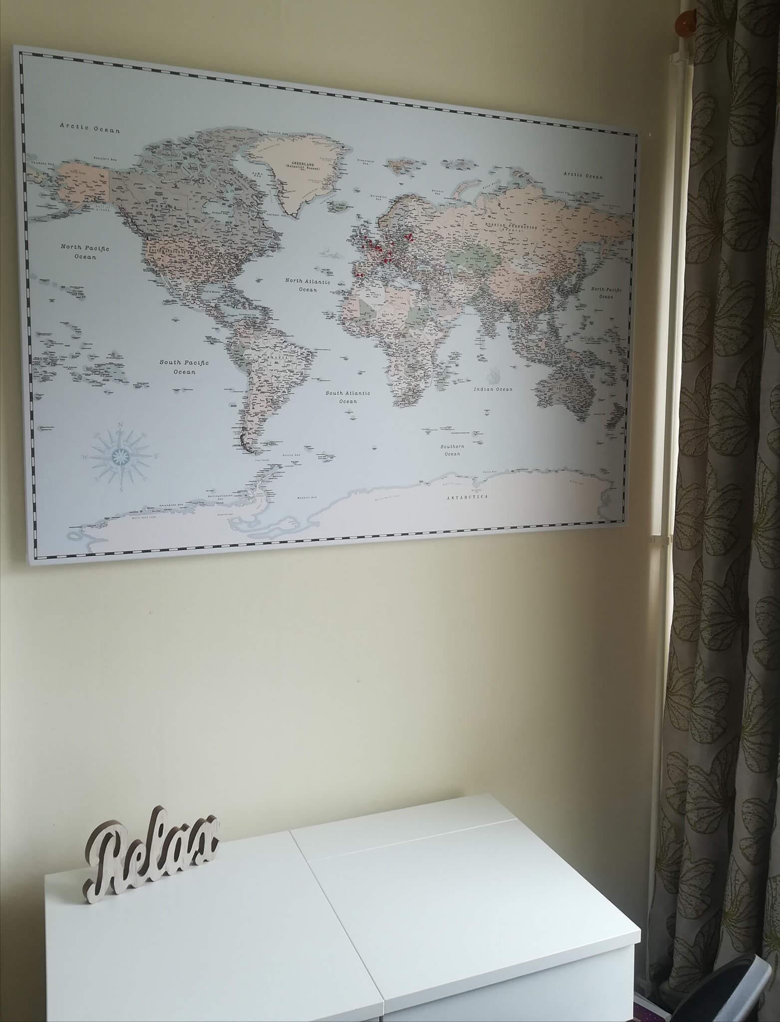 retro push pin world map
