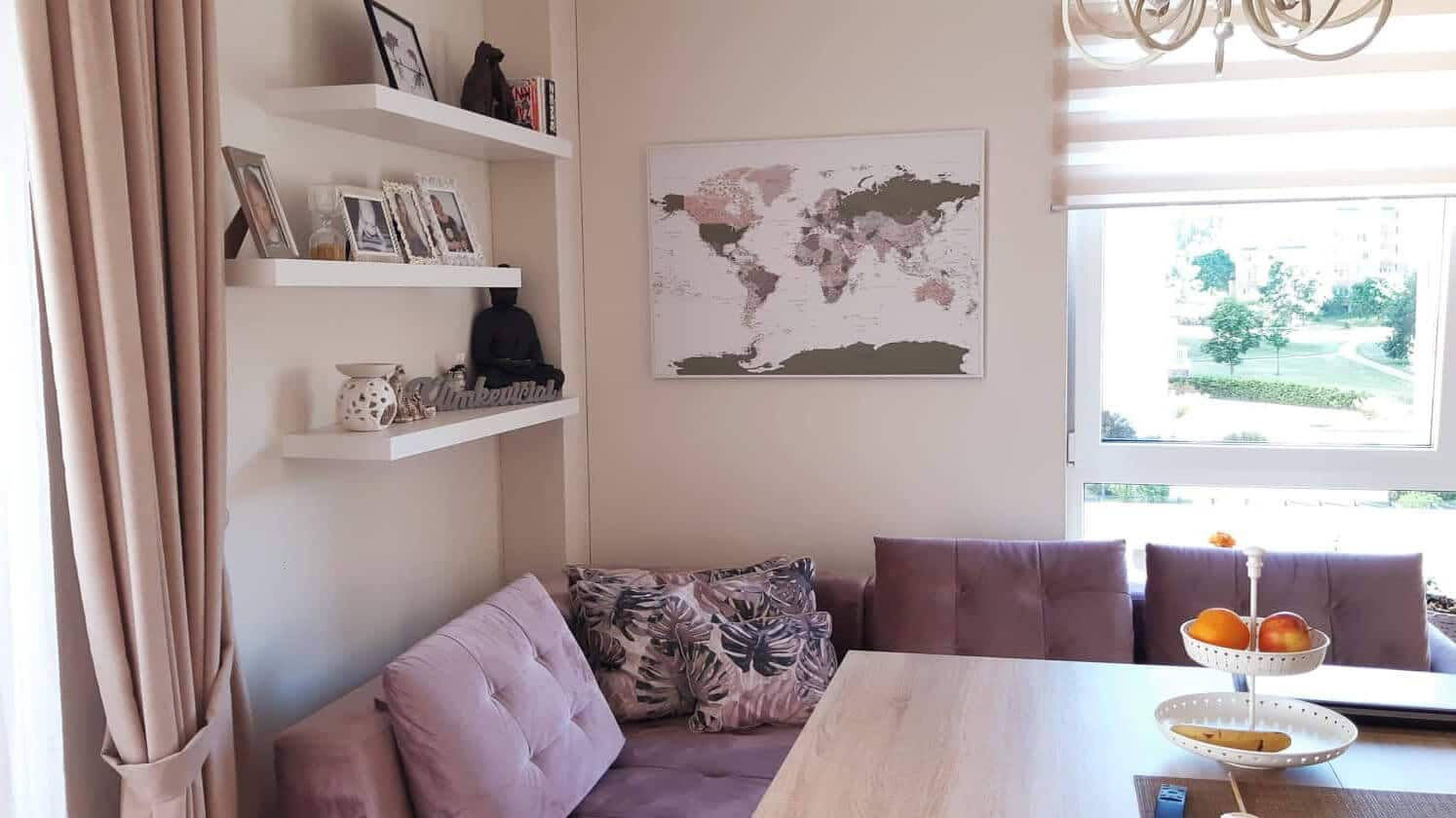 world wall map with pins green