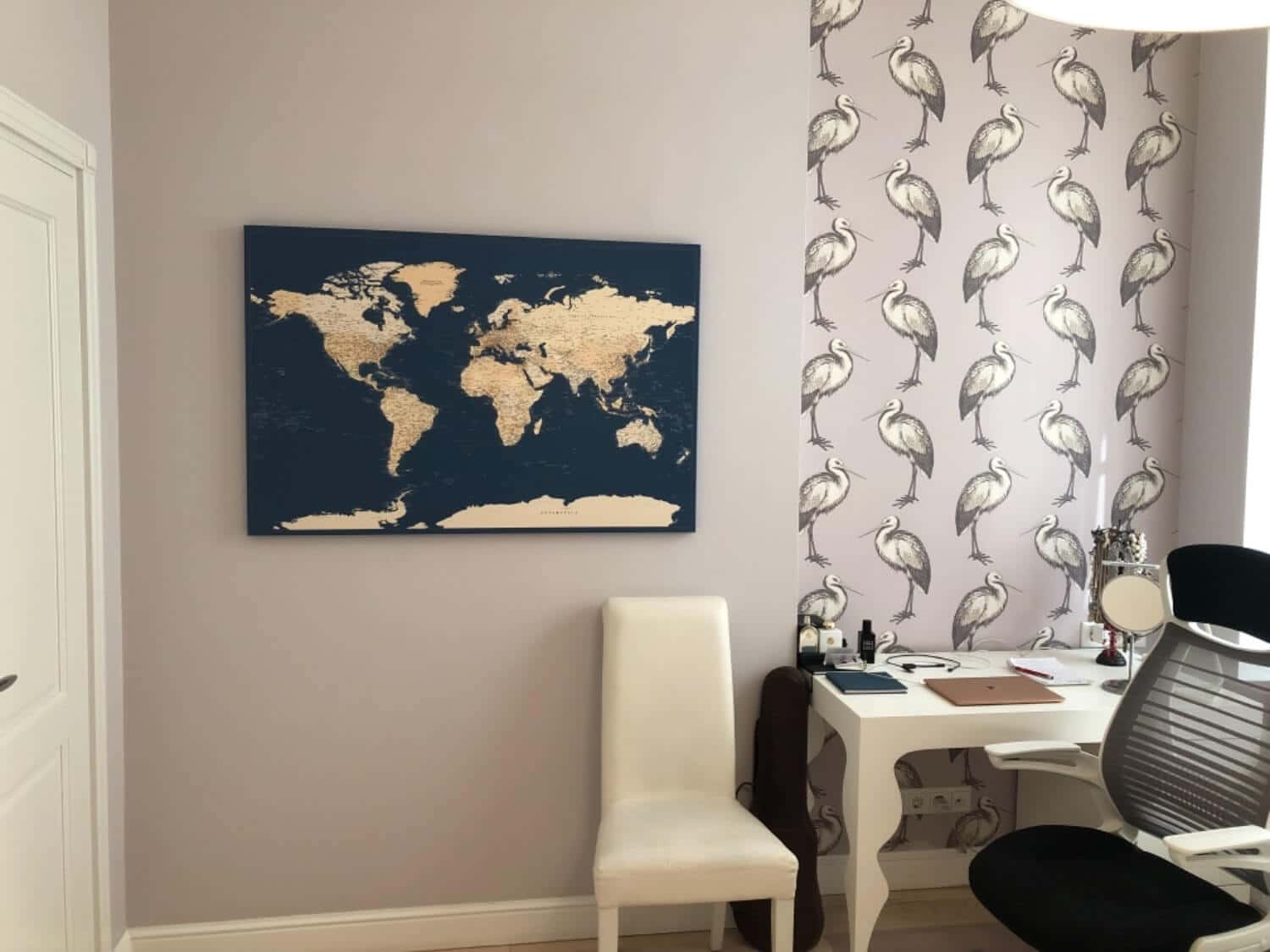 pinboard of world map high detailed